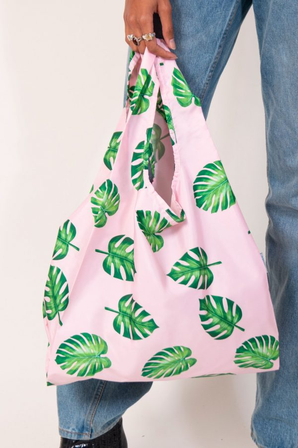 reusable shopping bag with palm leaves