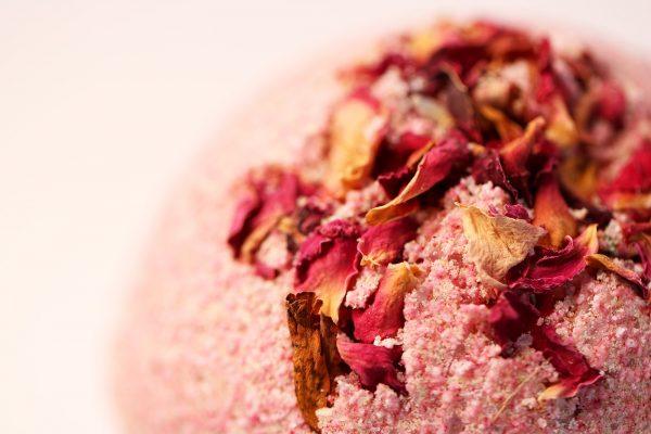natural pink bath bomb