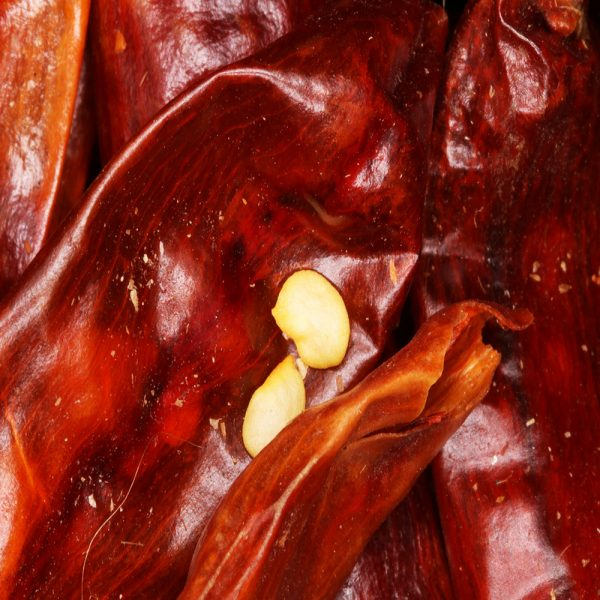 whole dried chilli