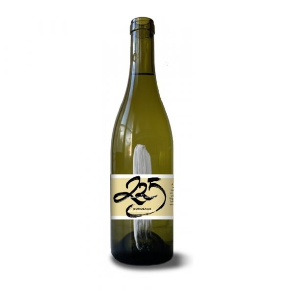 Bottle of vegan wine Sauvignon Blanc